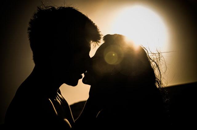 Il corteggiamento ed il fidanzamento.